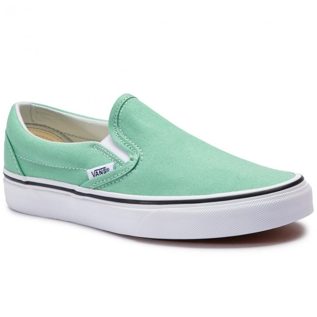 5353427ad18 Tenisky VANS - Classic Slip-On VN0A38F7VMX1 Neptune Green True White